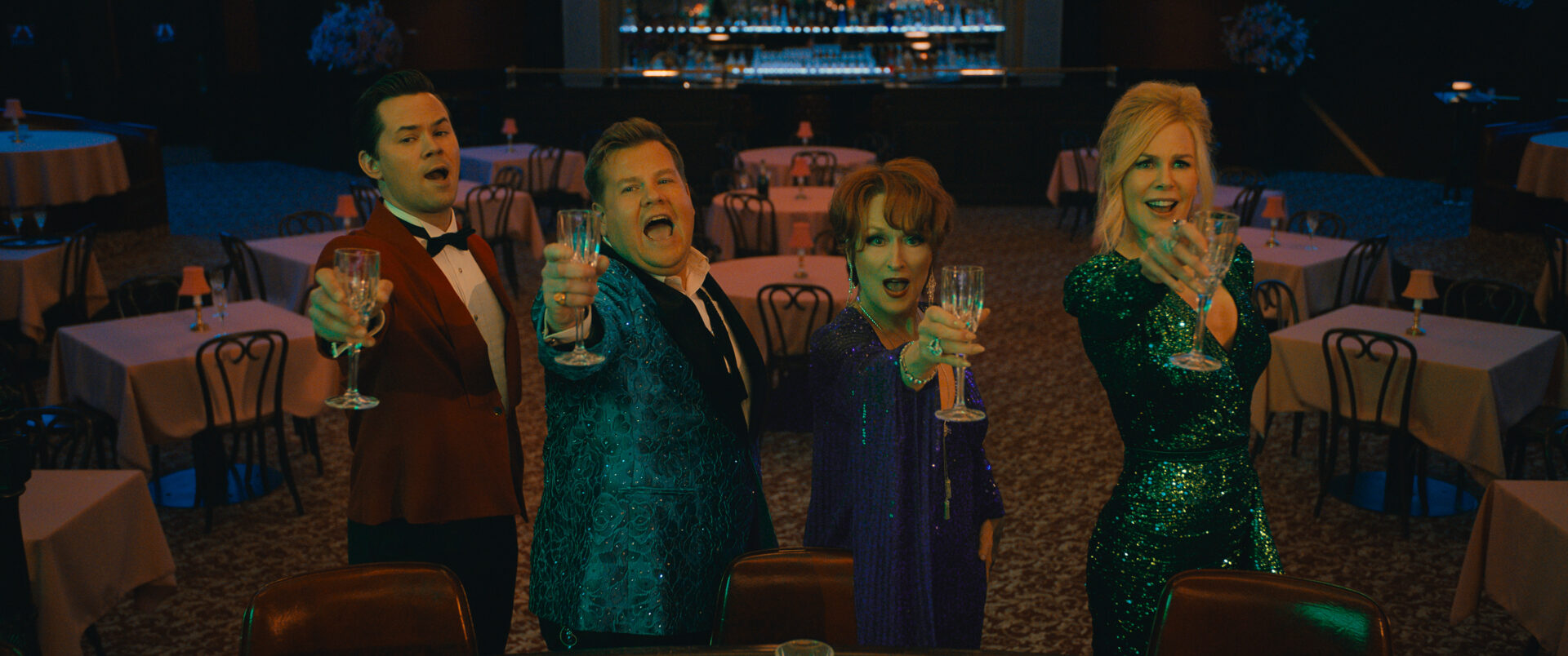 THE PROM (L to R) ANDREW RANNELLS as TRENT OLIVER, JAMES CORDEN as BARRY GLICKMAN, MERYL STREEP as DEE DEE ALLEN, NICOLE KIDMAN as ANGIE DICKINSON THE PROM. Cr. NETFLIX © 2020
